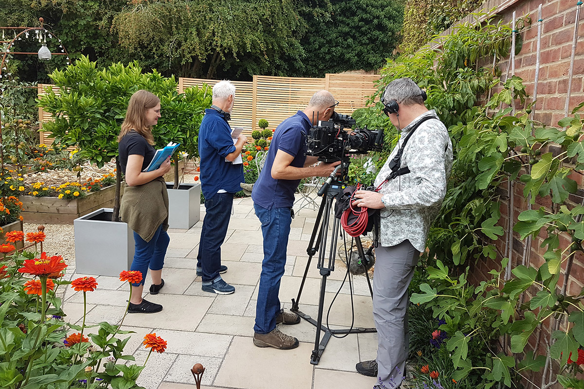 Gardners-World-BBC-Film-Crew-Old-Camps-3